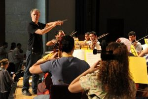 Paul MacAlindin and the Iraq Youth Orchestra