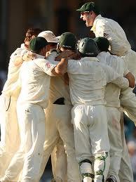 australia celebrating gabba